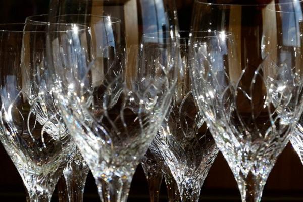 sanding-glass-7-proven-methods